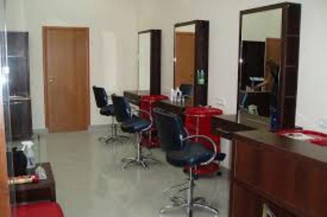 Какую роль играет мебель для парикмахерских и салонов красоты