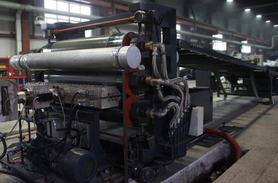 На заводе «Томсккабель» ведутся пусконаладочные работы линии по производству полимерных листов