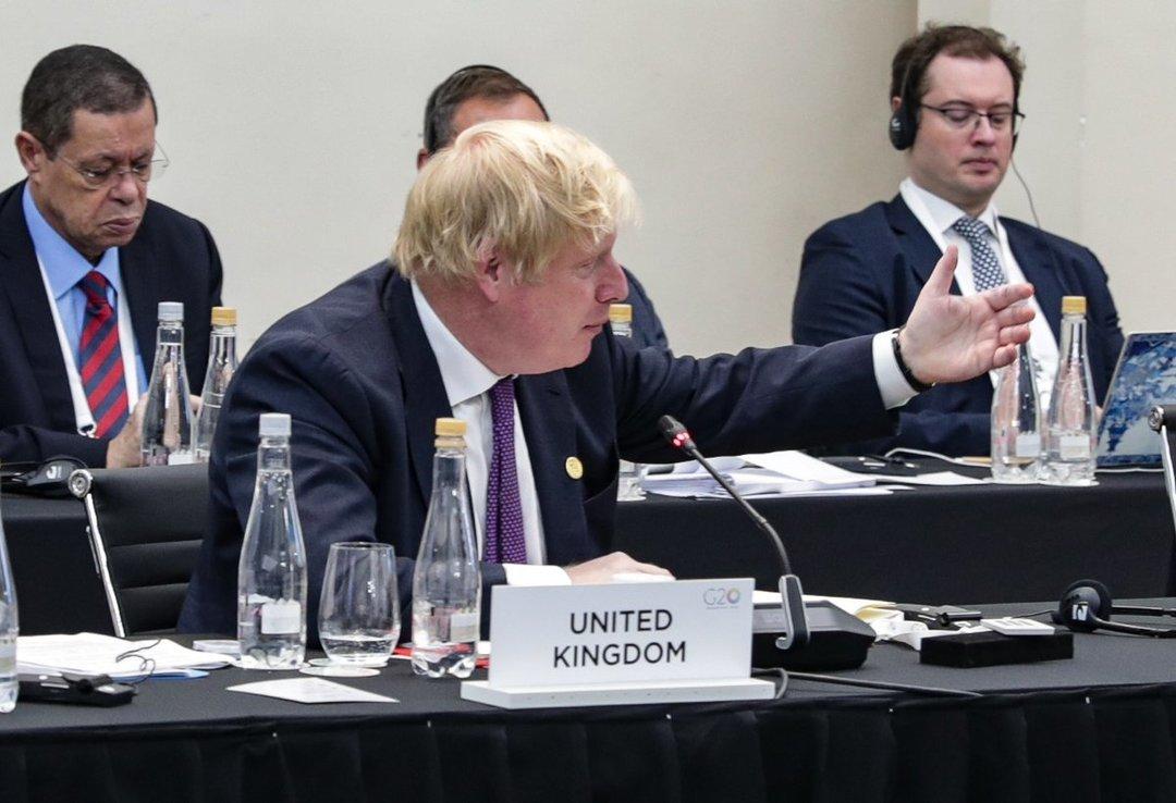Глава МИД Великобритании Джонсон неожиданно ушел в отставку