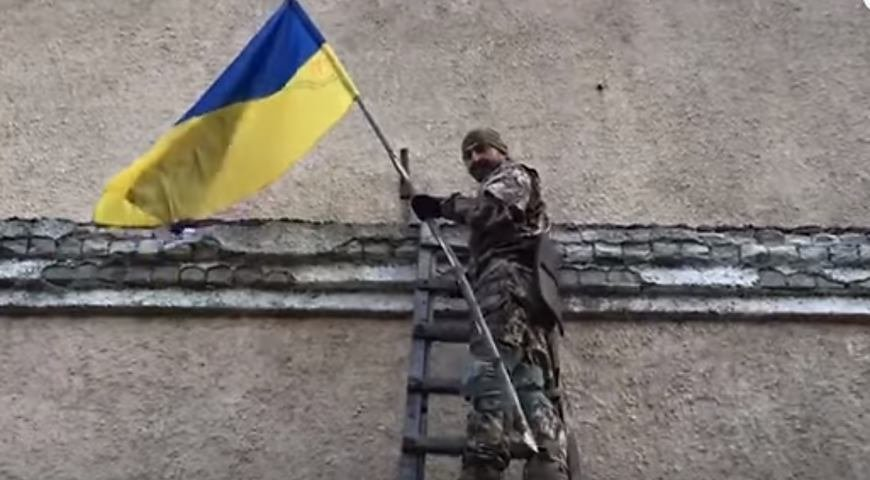 Обстрелы украинских позиций на Востоке продолжаются — штаб ООС
