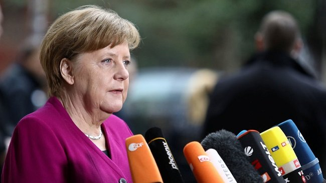Рейтинг блока Ангелы Меркель упал до 29%