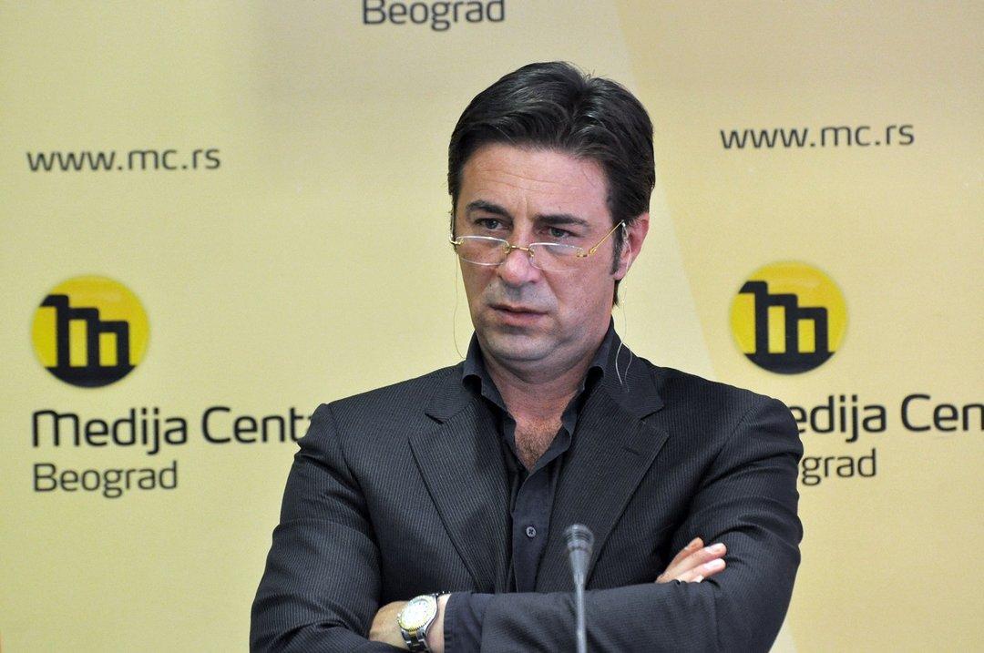 У Белграде застрелили бывшего адвоката сербского диктатора Милошевича