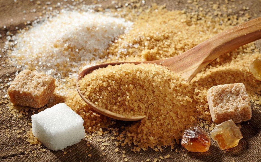 Украинцы стали меньше есть сахара: за 8 лет потребление упало на 21%