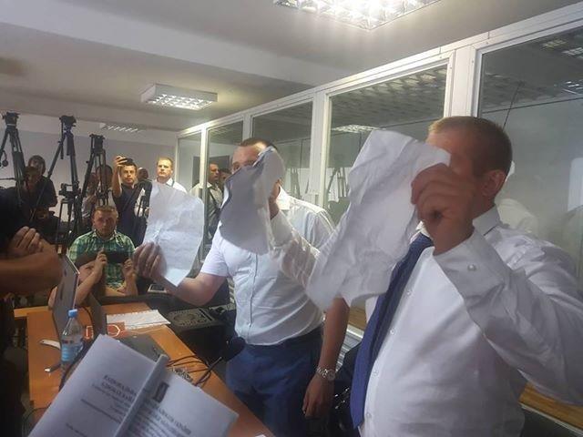 Адвокаты Януковича срывают заседание суда