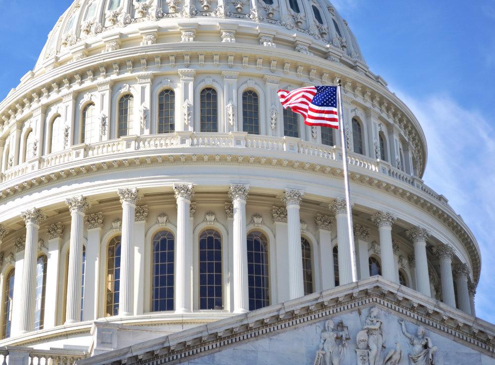 """Комплексное противодействие России: проект """"адовых санкций"""" от Сената США"""