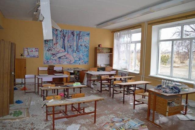 """На Донбассе началось """"школьное"""" перемирие"""