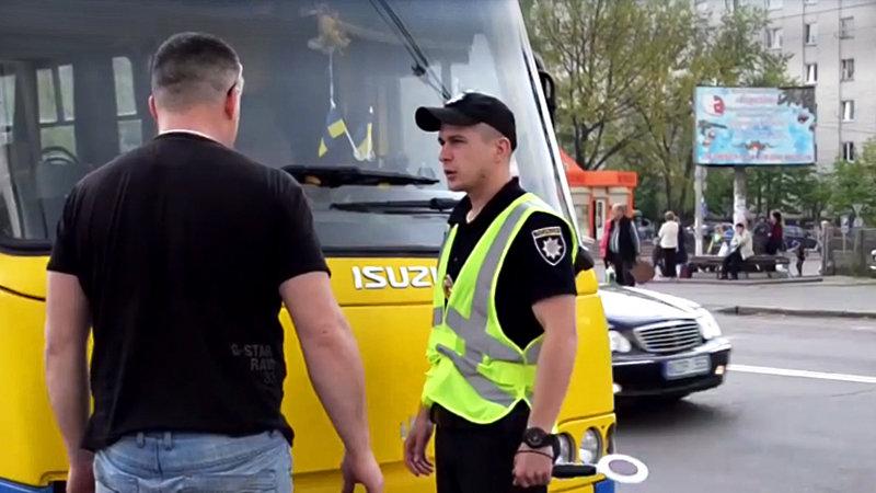 Полиция выявила 50 пьяных водителей за рулем маршруток и автобусов
