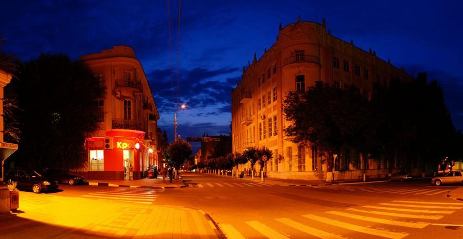 Новым светом на улицах Армавира теперь можно управлять автоматически