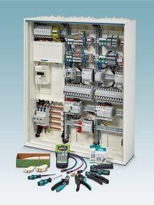 Phoenix Contact предлагает компактные, надёжные и доступные компоненты для массового рынка электромонтажа