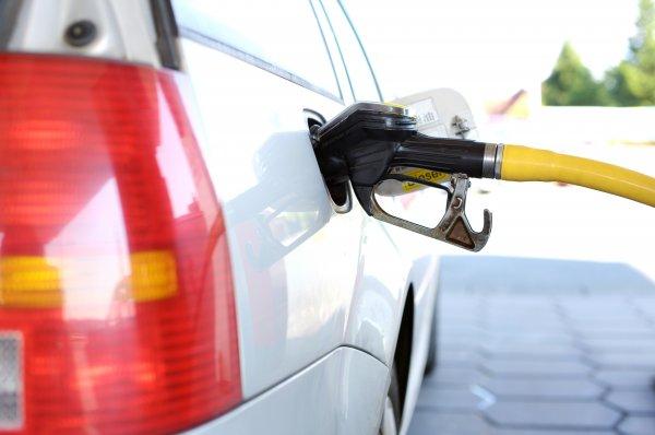 Трейдеры предупредили о риске подорожания бензина до 5 рублей на литр