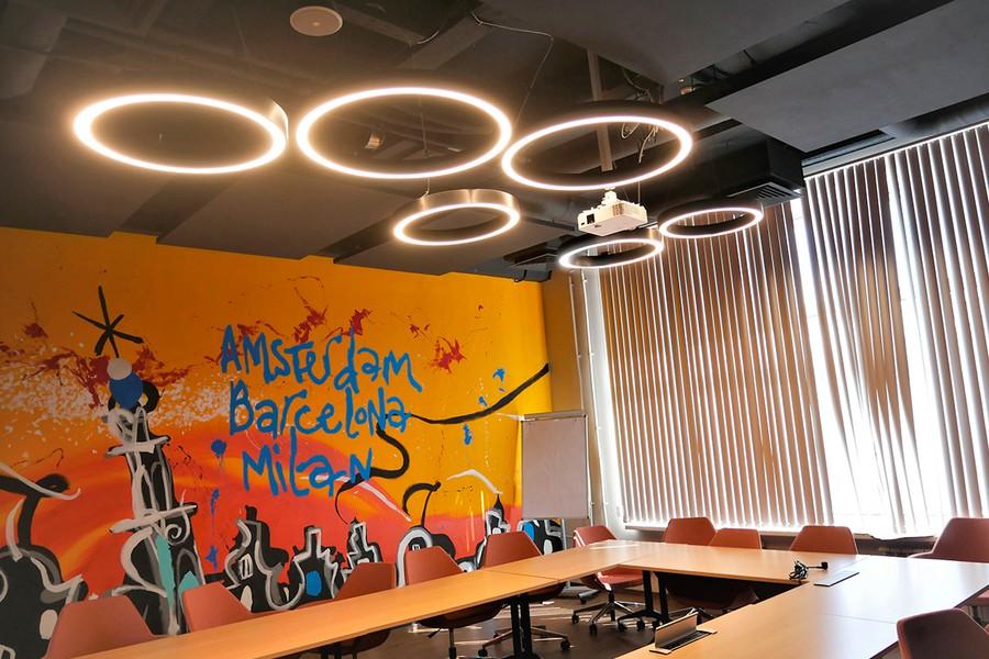 Освещение офиса Perfetti Van Melle от компании «ЛЕД-Эффект»