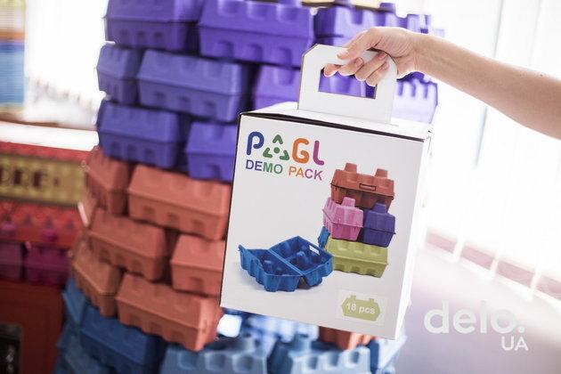 PAGL: Бумажное лего взамен пластиковых игрушек