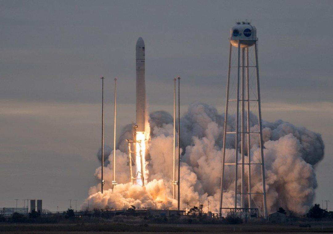 NASA запустило созданную при участии украинских предприятий ракету Antares (видео)