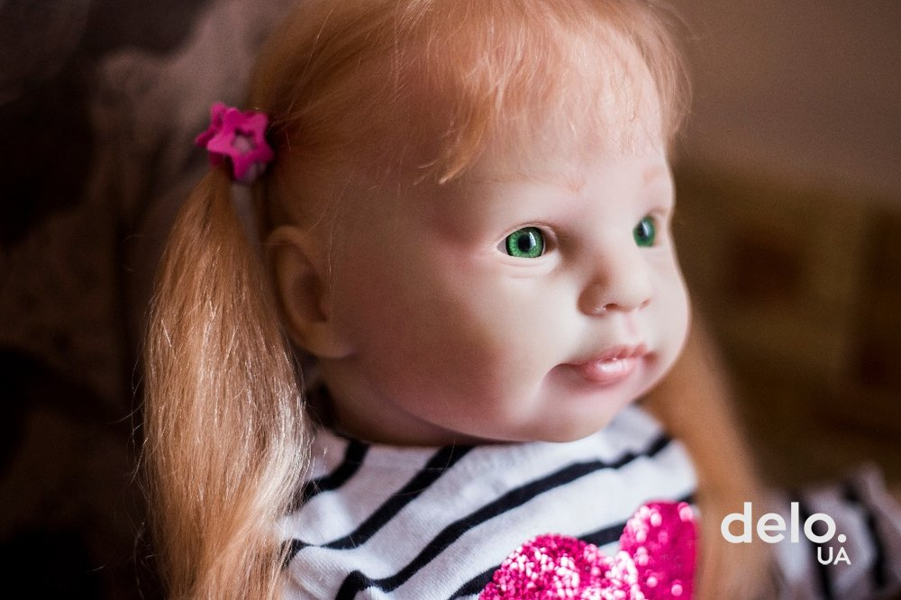 Реабілітація ляльками. Як ветеран АТО робить унікальні вироби, які купують у Сінгапурі