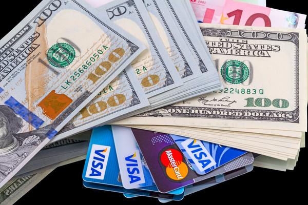 Кредит на вашу карточку любого банка