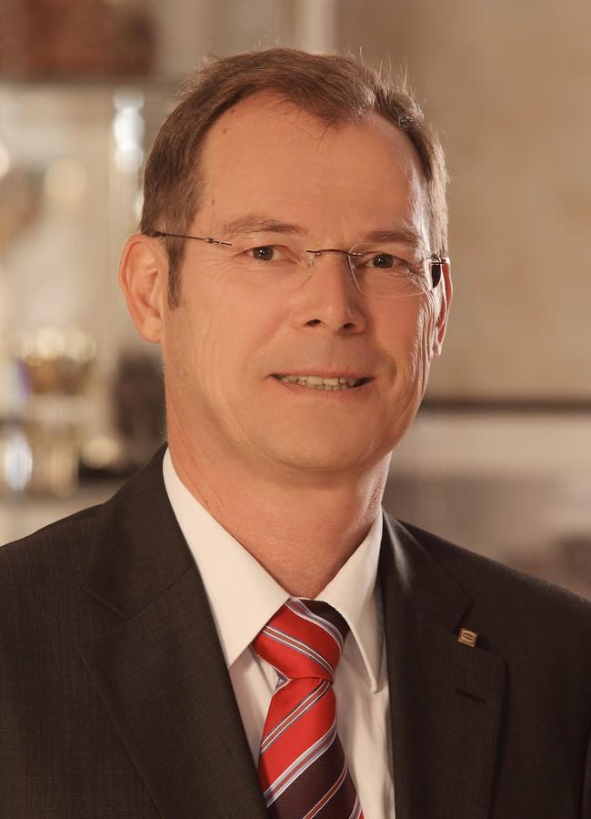 Dr. Frank Brode