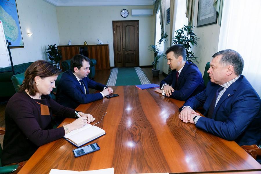 Глава Мурманской области и генеральный директор ПАО «МРСК Северо-Запада» обсудили инвестиционные проекты