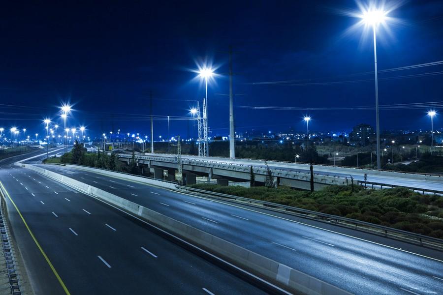 Президент РФ потребовал «пролить свет» на дороги