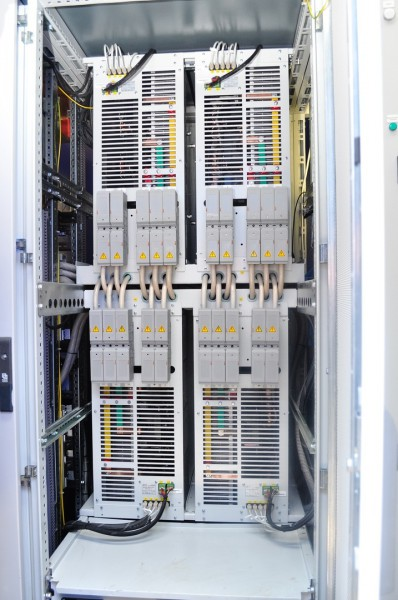 Накопители электрической энергии разработаны специалистами кафедры электроники и электротехники НГТУ НЭТИ и Института силовой электроники