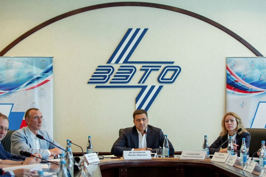 Губернатор Псковской области посетил «ЗЭТО»