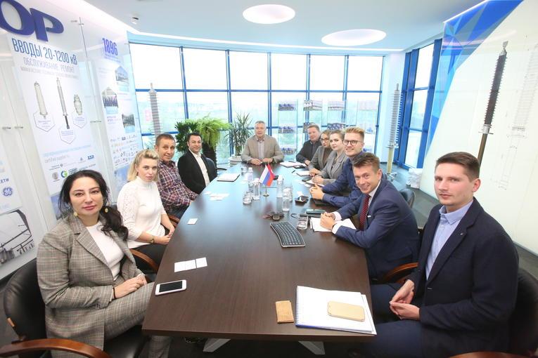 На заводе «Изолятор» состоялась встреча с представителями турецкой компании-производителя фарфоровых изоляторов