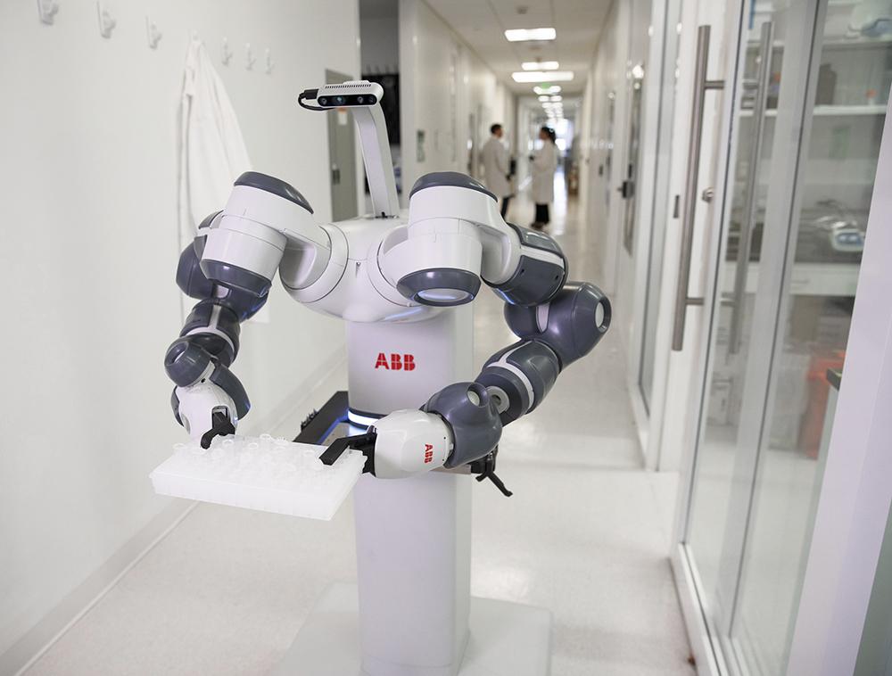 Двурукий робот YuMi®