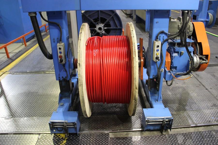 Образцы кабельно-проводниковой продукции завода «Алюр»